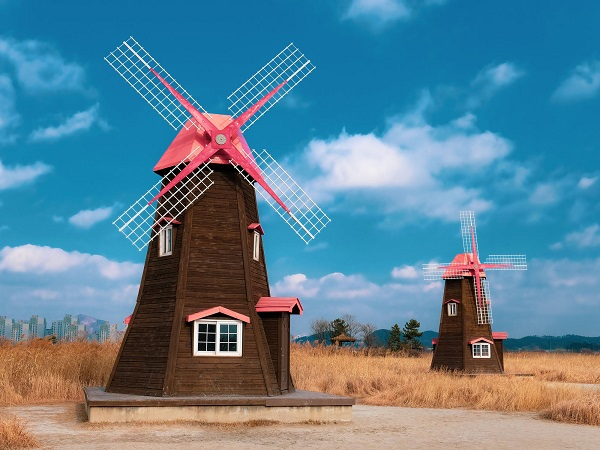 The history of wind energy utilization and the history of windmills
